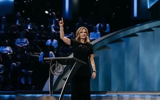 Victoria-Osteen---Realign-Your-Focus-to-Stay-on-Course